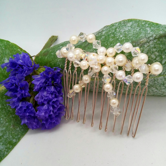 Cream Pearl and Crystal Bow Hair Comb, Wedding Jewellery, Bridal Jewellery