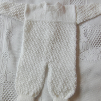 Hand Knitted Long Sleeve Shell Pattern Baby Romper Suit, Gift for Baby Shower