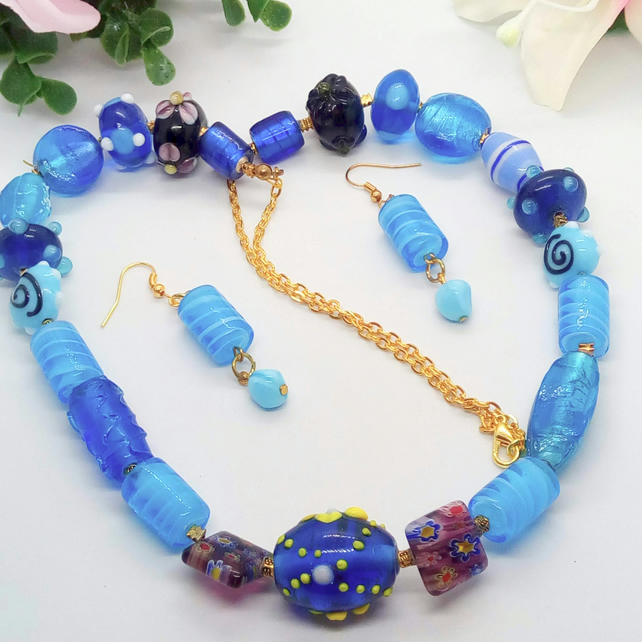 Shades of Blue Glass Bead and Gold Plated Chain 2 Piece Jewellery Set