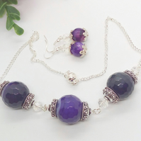 Faceted Purple Agate Bead with Crystals and Silver Bead Caps Jewellery Set