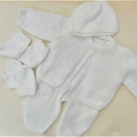 5 Piece Layette for a Premature Baby, Baby Shower Gift, New Baby Gift
