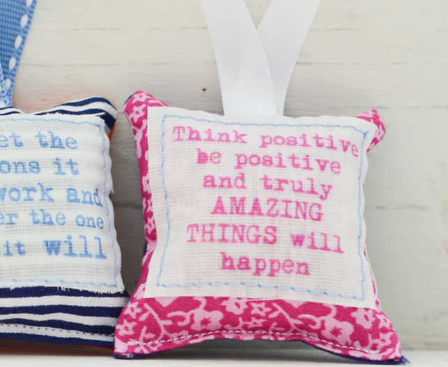 Small Keepsake Hanging Decoration - Positive Quotes