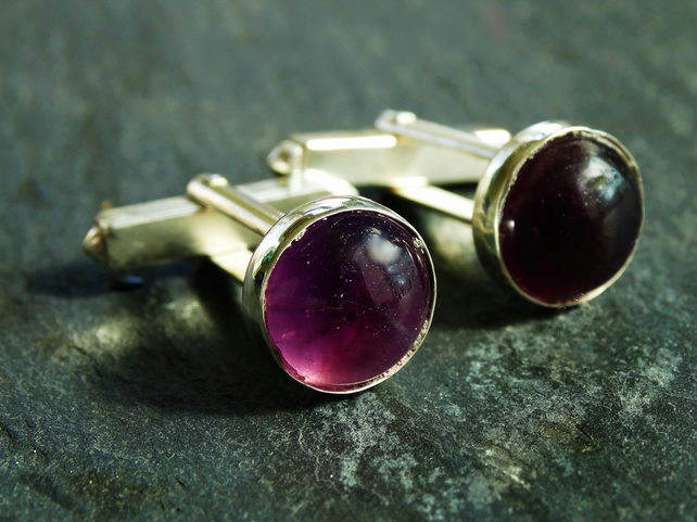 Sterling silver cufflinks with 10mm gemstone. Amethyst.
