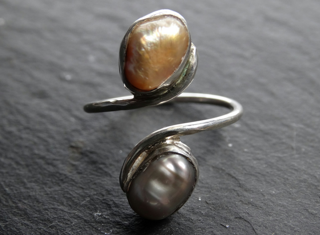 Tristan ring. Pearl.Gold,Silver. Resizable, adjustable. Sterling silver