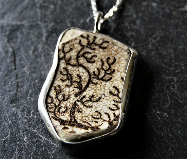 Gwedhen recycled, antique ceramic pendant with tree design