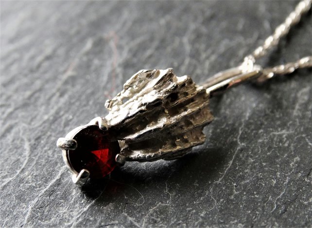 Coral chip pendant - faceted garnet
