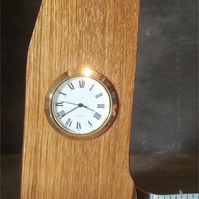 Wooden desk or mantel clock 035