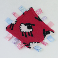 Midi Cerise sheep Ribbon Comforter