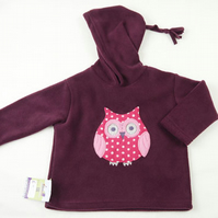 Owl Fleece hoodie in deep plum.