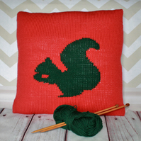 FREE Beginner Knitting Pattern PDF - Squirrel Silhouette Cushion Cover