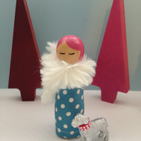 'Lola' Collectable Figurine