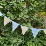 blue and yellow peter rabbit childrens bunting 2.5 metres