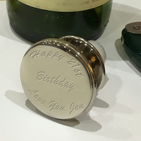 Personalised wine bottle stopper in presentation box