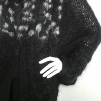 Knitted, Jacket, King mohair, Black, White, Women fashion, Elegant, Warm, Soft.