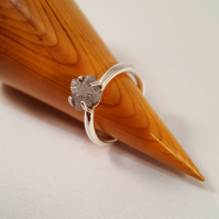 Stunning Sterling Silver Ring with Silver Grey 1.75 ct Raw Uncut Diamond.