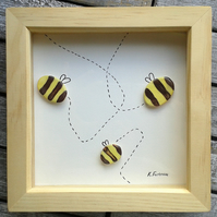Bumblebee frame decoration
