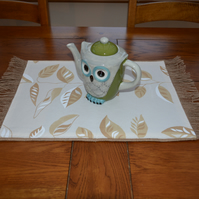 Coffee Sack Hessian & Fabric Reversible Table Mat. 59cm by 35cm
