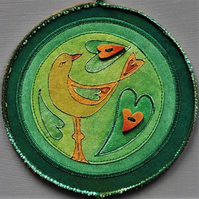 "LBM2100 - Lovebird Mandala Wallhanging - Green-Orange-Red - 15cm (6"") round"
