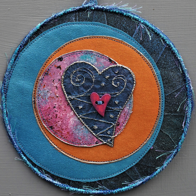 "MHM2314 - Moon Heart  Mandala - blue - lilac - pink - 15cm ((6"") round"