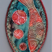 "FSM021 - Fish Shield Wallhanging - red - teal green - silver - 22.5cm (9"")"