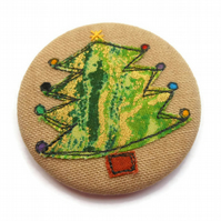 Christmas Tree Badge - Applique Motif with Freemotion Embroidery