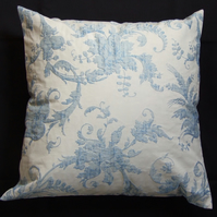 Blue and Cream Floral Lined Cushion Cover, 40cm x 40cm, two button fastening