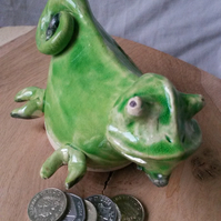 Chameleon Money box