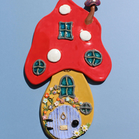 Fairy House Wall Plaque – handmade ceramic fairy toadstool house picture