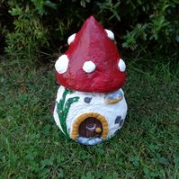 glass jar fairy house