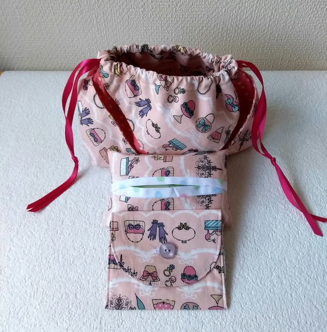 Folded Drawstring Gift Bag set in Vintage Hats, Gloves and Bags Print Fabric,