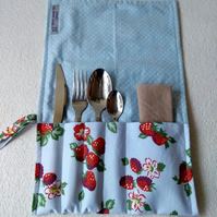 Cutlery roll and place mat