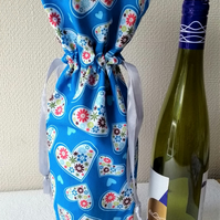 Party Wine Bottle Drawstring Gift  Bag with hearts and flowers