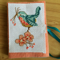 Pretty bird needle book