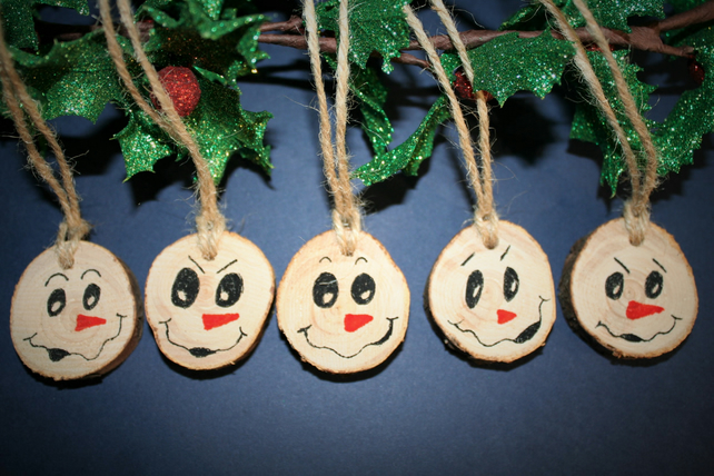 5 x Wooden Tree Slice Christmas Decorations Gift Tags 4cm Christmas Trees