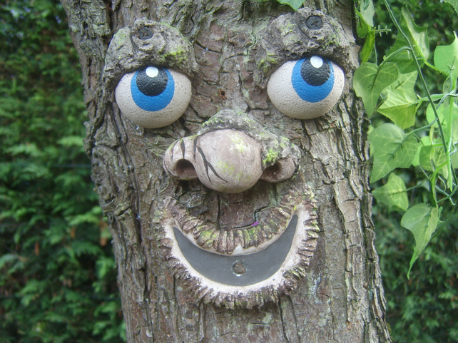 Tree Face garden ornament, sculpture, statue, garden decorations. Christmas gift