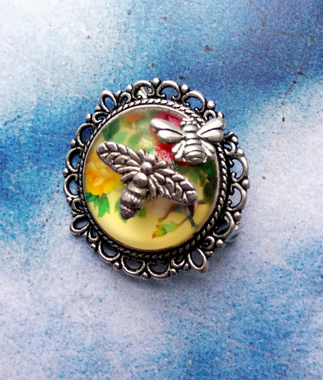 Japanese Decorative Flowers and Birds Brooch with Bee Embellishments.