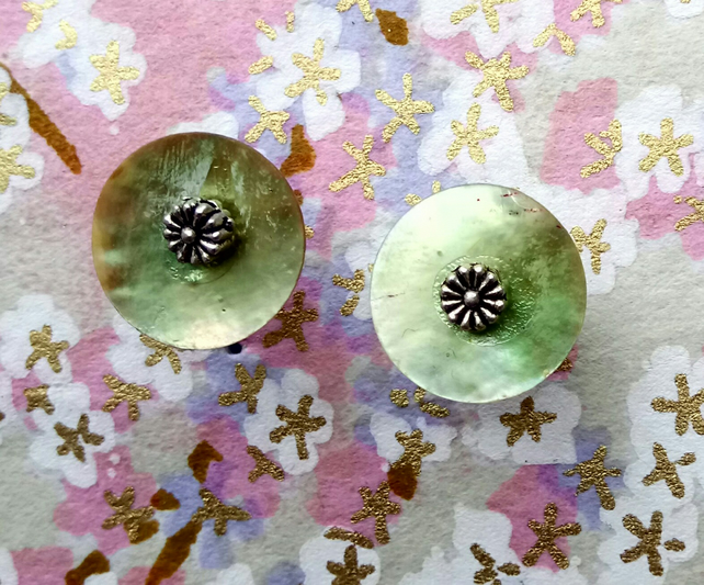 Lovely Pale Green Shell Stud Earrings with Tibetan Silver Flowers