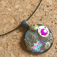 Bejewelled Cabochon Pendant