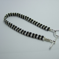Black, silver and pearl seed bead bracelet