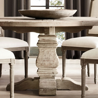 Blackthorn Solid Oak Round Dining Table