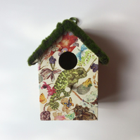 """Jungle"" birdhouse"