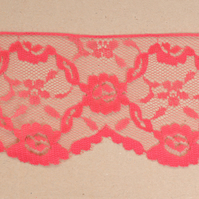 Inelastic red lace 7,5 cm