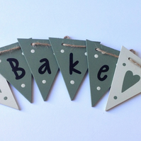 Green Bake Wooden Bunting