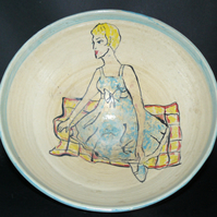 1950`s sitting girl bowl