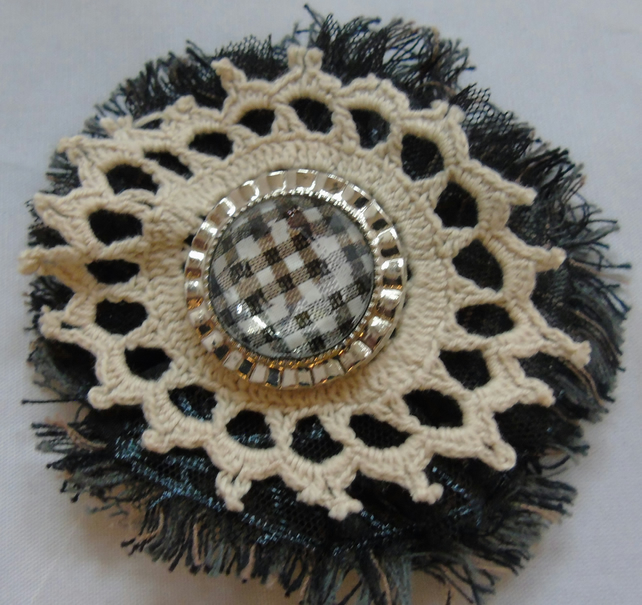 Fabric Brooch-Hair Clip - Black and Cream