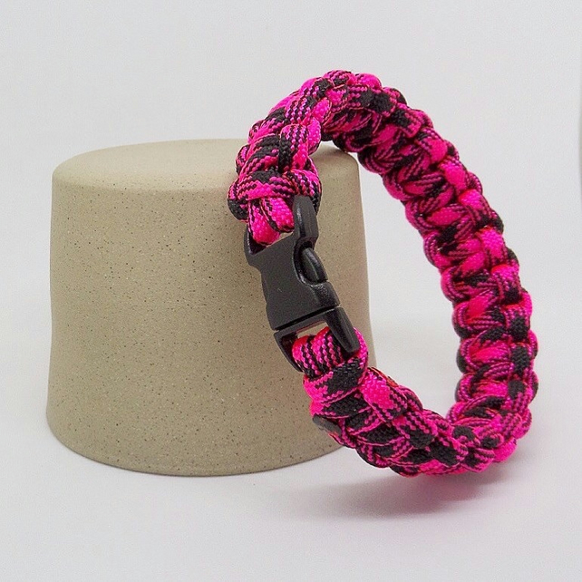 Paracord Bracelet - Pink And Black