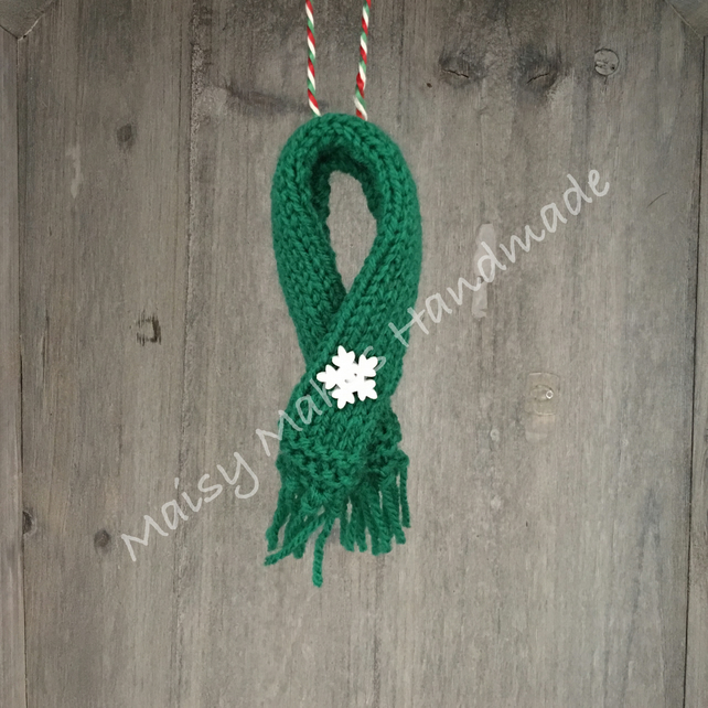 Winter Woolly Scarf - Handmade Wool Decoration in Green