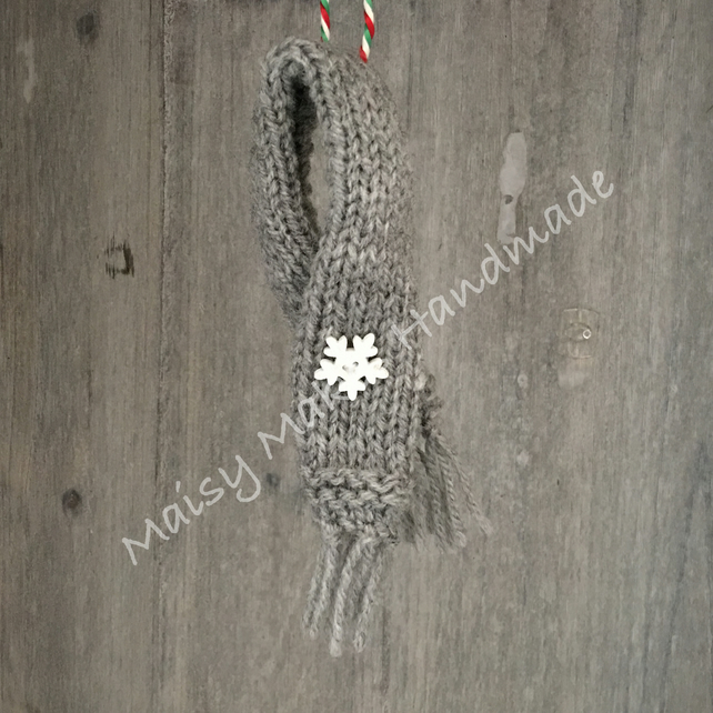 Winter Woolly Scarf - Handmade Wool Decoration in Grey