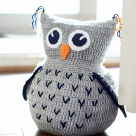 Owl hand knitted doorstop