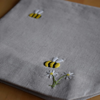 RESERVED FOR CUKOOB-Linen project bag with embroidered bees and daisies.